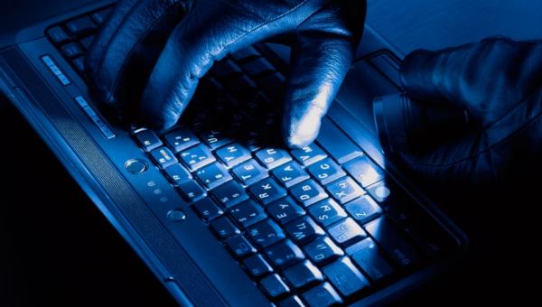 Cinco pasos para blindarte de los ciberdelincuentes en Facebook