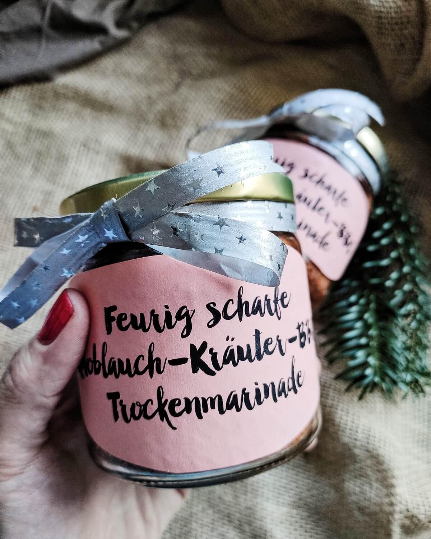 Knoblauch-Kräuter-BBQ-Rub verschenken