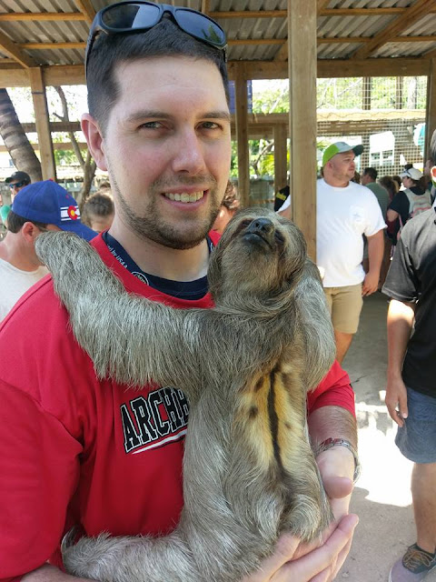Daniel Johnson's Monkey and Sloth Hangout, Roatan, Honduras