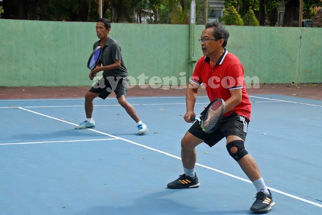 Kusmeidi Puji Permainan Tenis Pelatih Persebaya