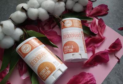 Sportique DEOGUARD®: dezodorant s vôňou pivonky a kvetu bavlny