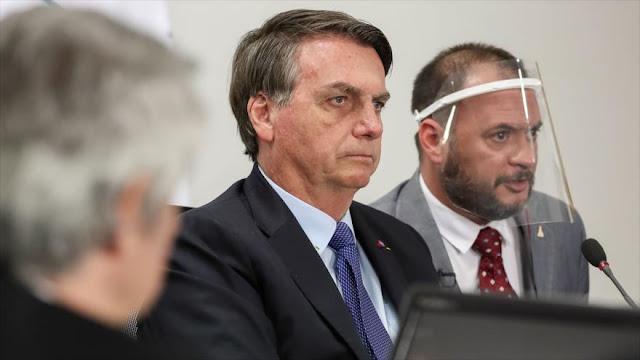 Denuncian a Bolsonaro ante la Haya por gestión de la COVID-19