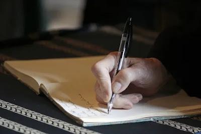 3 Cara Menentukan Tema Sebuah Novel