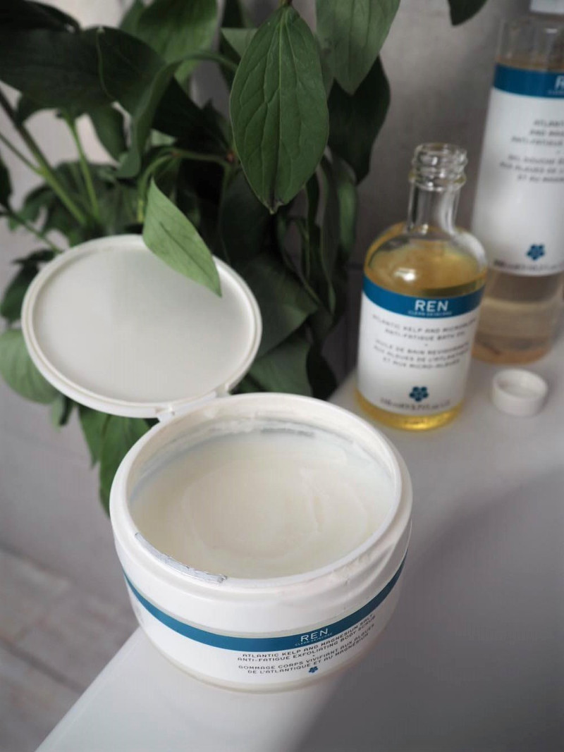Harnessing-The-Sea-REN-Skincare-Kelp-Magnesium-Aesthetical-Blog-0