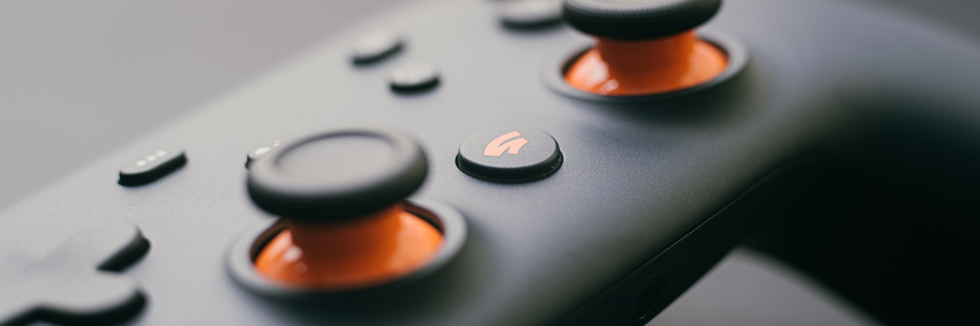 Architecting for user (and engineer) happiness during Stadia Controller setup Image