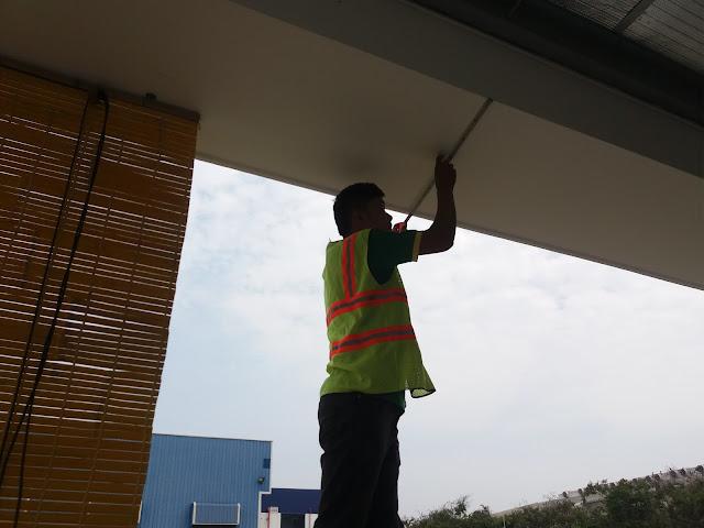 Thi công màn nhựa và mành tre trúc