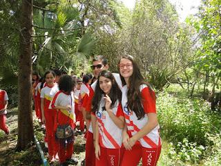 Todos os alunos do CSJD participam efetivamente da comemoração do Dia da Árvore...