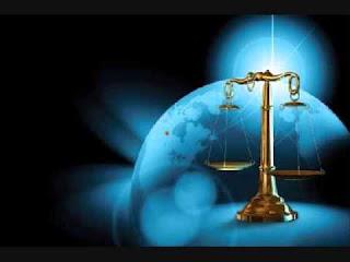 متخصصين في القانون الدولي