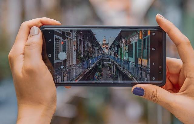 Android 11 Akan Batasi Aplikasi Kamera Pihak Ketiga Guna Cegah Data Bocor