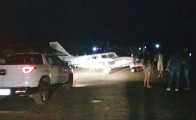 Avião de Amado Batista faz pouso de emergência em Jequié; vídeo