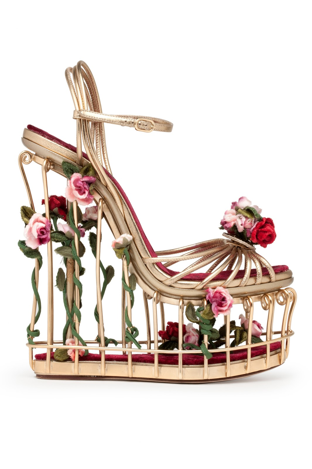 2a07ebc20a77 Hong Kong Fashion Geek  SHOErotica  Dolce   Gabbana Cage Sandals