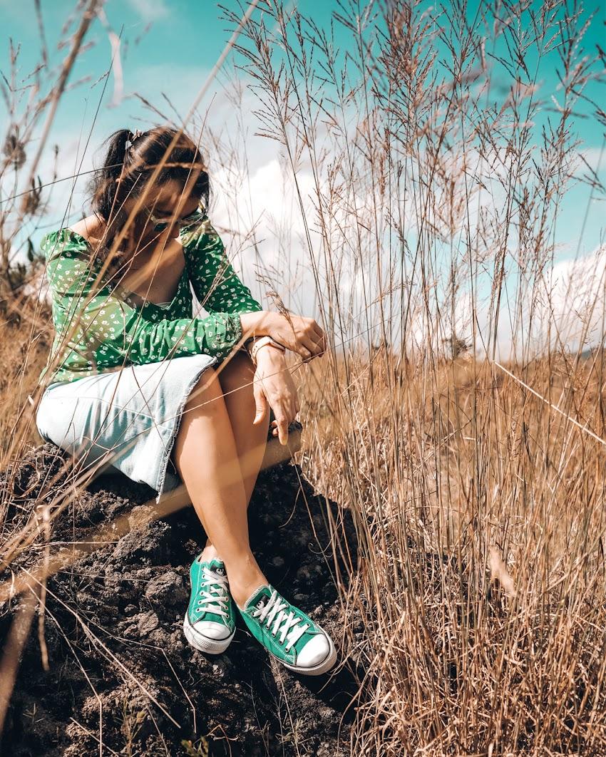 Dari Sporty Sampai Girly, Begini Padu Padan Tampil Kece dengan Sepatu Brand Lokal