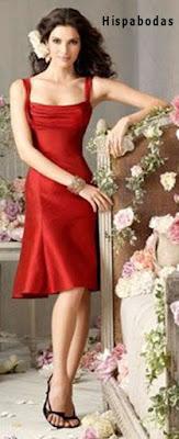 Vestido confeccionado en shantung de seda rojo