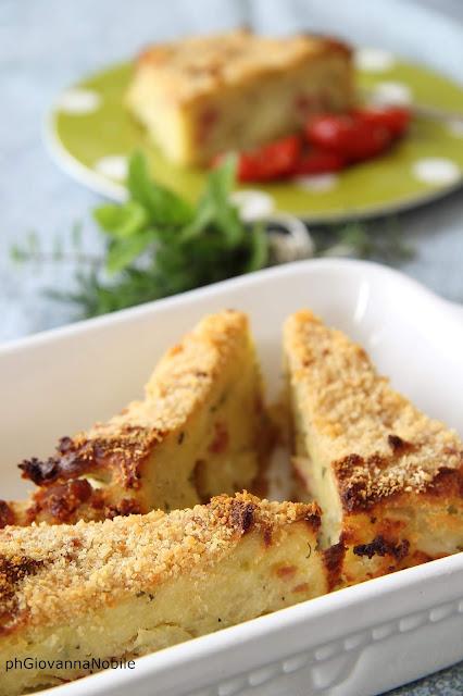 Sformato di patate con prosciutto cotto Lenti, mozzarella ed erbe aromatiche