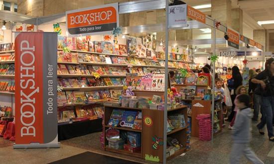 trabajo en montevideo BookShop Auxiliar de limpieza lunes a viernes 4 horas diarias.