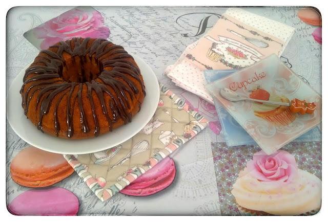 ♥ Cake Moelleux à la vanille et son glaçage Chocolat Caramel ♥
