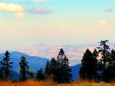 view-from-mount-ashland-oregon-ski-area