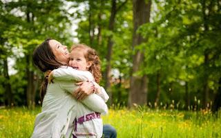 Carinho impacta na formação cerebral dos filhos