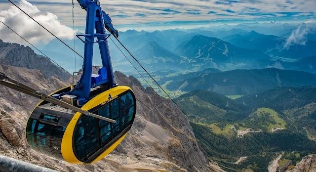 Júliustól tovább enyhítenek a korlátozásokon Ausztriában