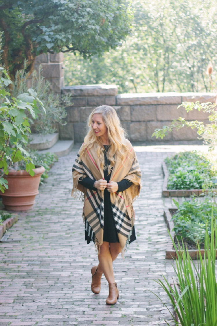 How to maintain comfort in your fall wardrobe - Beyond Blessed - Click through to find out what she and other bloggers have to say on this topic!