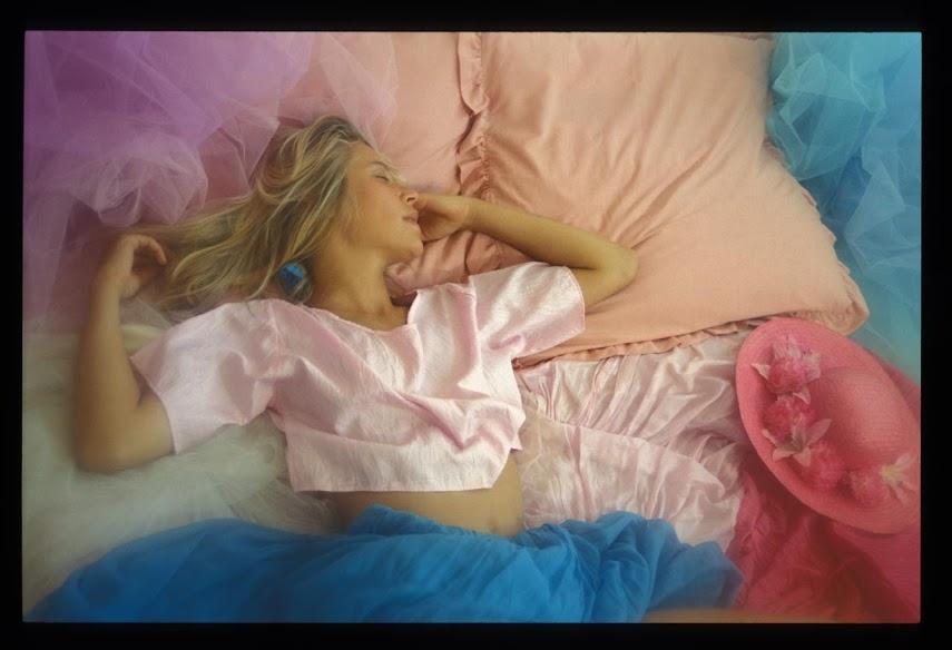 Met-Art 20041103 - Girls - Dreams - by Chris NikolsonReal Street Angels