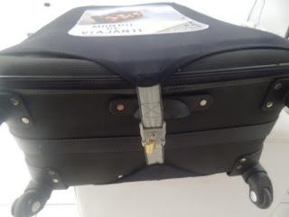 Capa de mala de viagem com cadeado