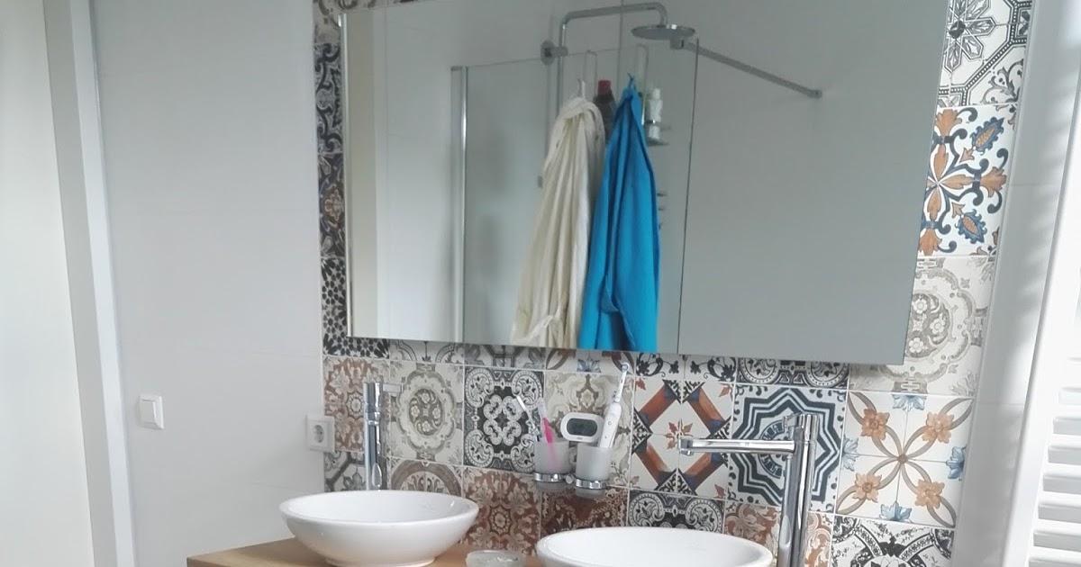 badezimmerm bel aus teakholz und waschbecken aus naturstein hartstein marmor basalt und. Black Bedroom Furniture Sets. Home Design Ideas