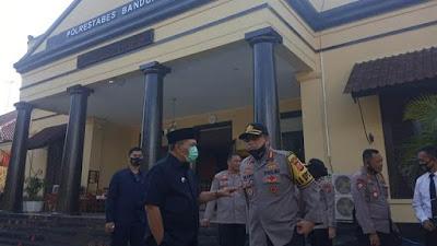 Diundur, Polrestabes Bandung Baru akan Kenakan Sanksi Pekan Depan bagi yang tak pakai Masker