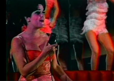 """Tacey Robins sings """"My L.A."""" in Psycho a Go Go"""