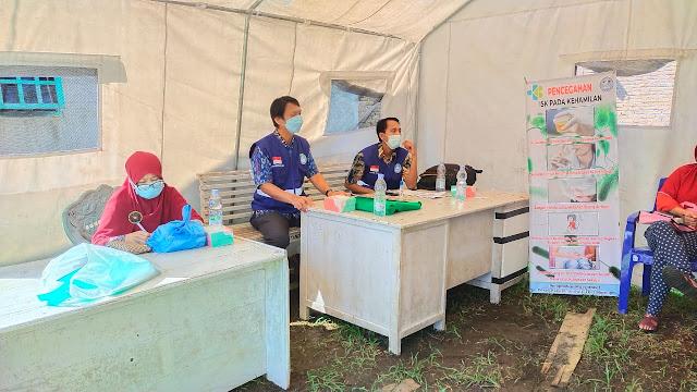 Dosen Poltekkes Mamuju Edukasi ISK pada Kader Lingkungan Tambi