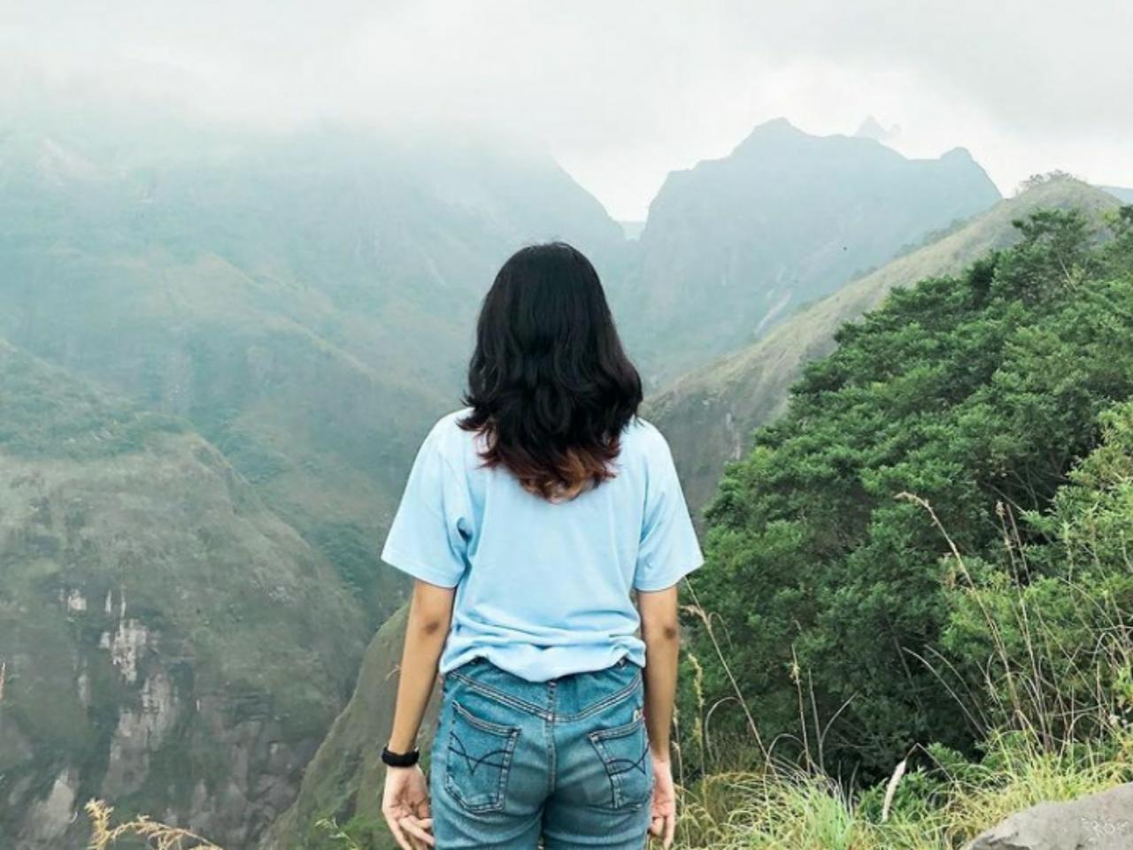 ketinggian gunung kelud di jawa timur 1.731