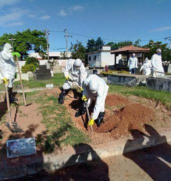 Em Rio das Ostras, exumação revela troca de corpos de vítimas da Covid-19