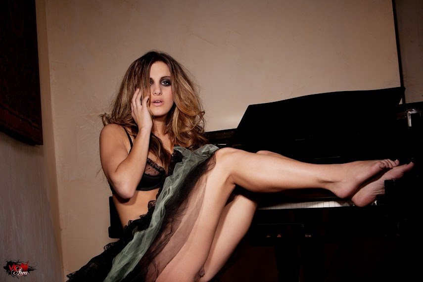 [viparea] - 2013.10.21 - Heather Vandeven - Blush