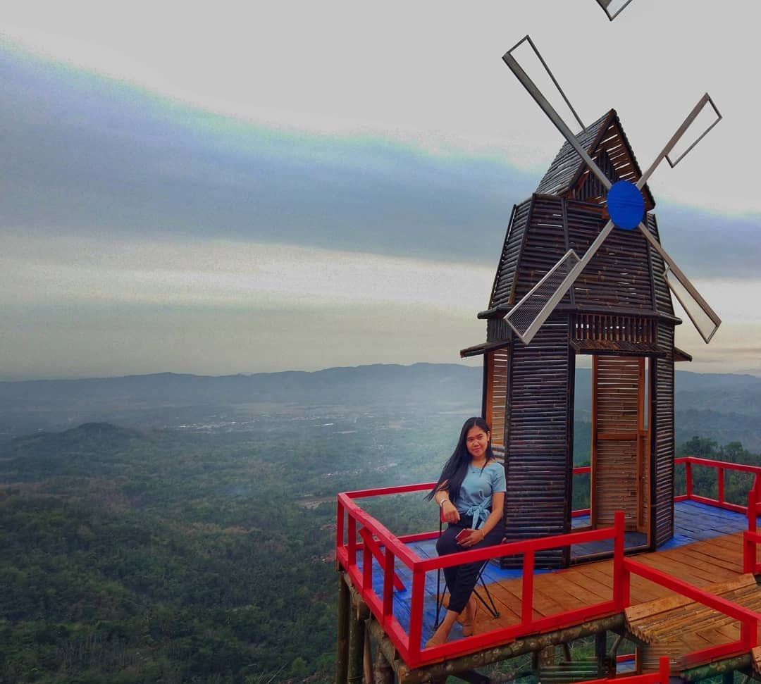 Wisata Gunung Batur Lumbir Banyumas