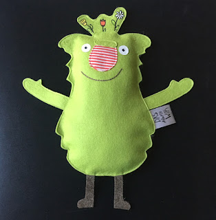 Das kleine Wir in der Schule, Bilderbuch, Grundschule, Mobbing, Bilderbuch und Stofffigur, Spielfigur
