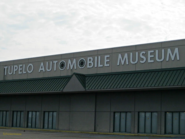 Reviewing & Photographing The Tupelo Automobile Museum in Tupelo Mississippi