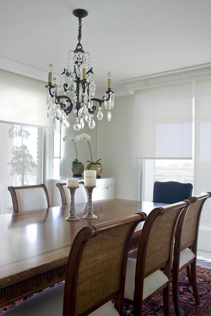 sala-jantar-charmosa-lustre