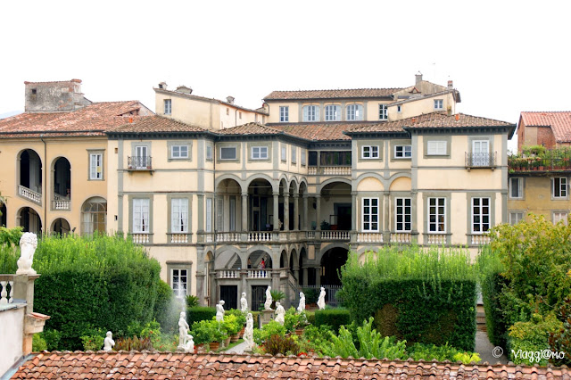 Lo splendido palazzo Pfanner ed il suo giardino all'italiana