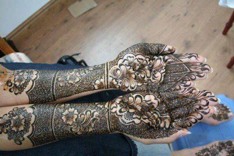 Bridal Designs for Full Hands 4