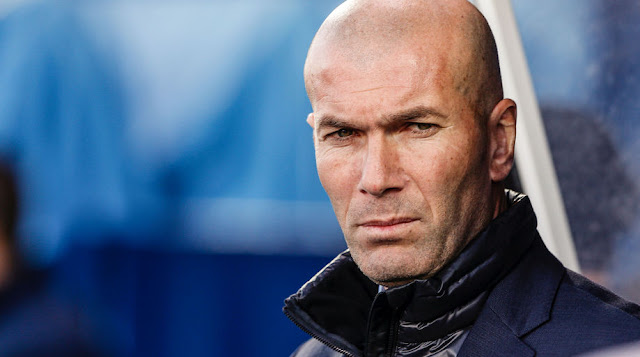 Real Madrid: Zidane announces his departure!