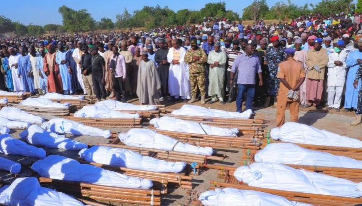 Zabarmari villagers turn out to bury over 40 farmers beheaded by Boko Haram