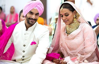 Angad Bedi Family Wife Son Daughter Father Mother Marriage Photos Biography Profile.