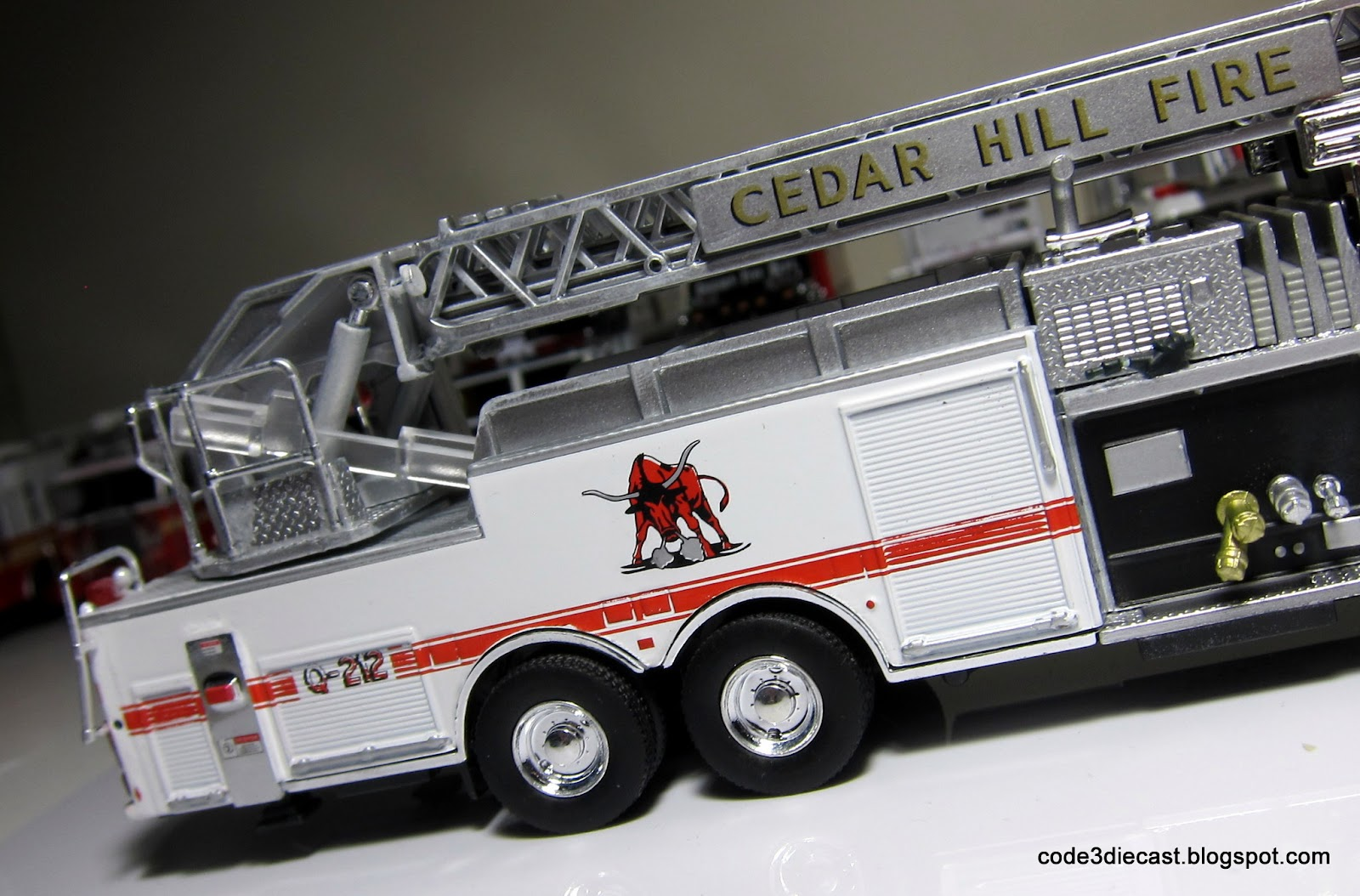 Used Pierce Ladder Truck Html Drone Camera Diagram Of Fire Engine With Dash Rear Mount On 06 Arrow Xt