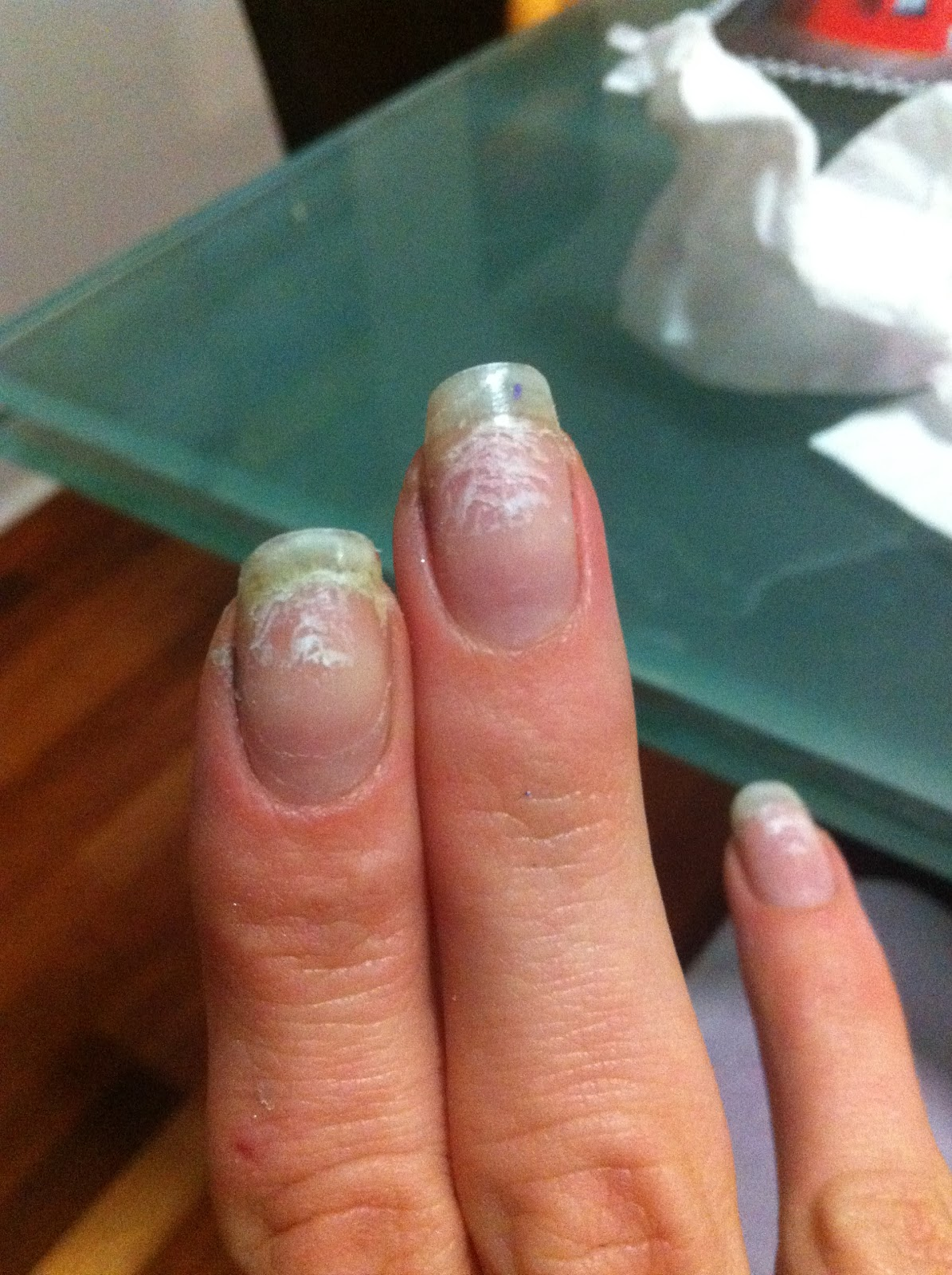 The Science Of Beauty: How To Remove A Shellac Manicure