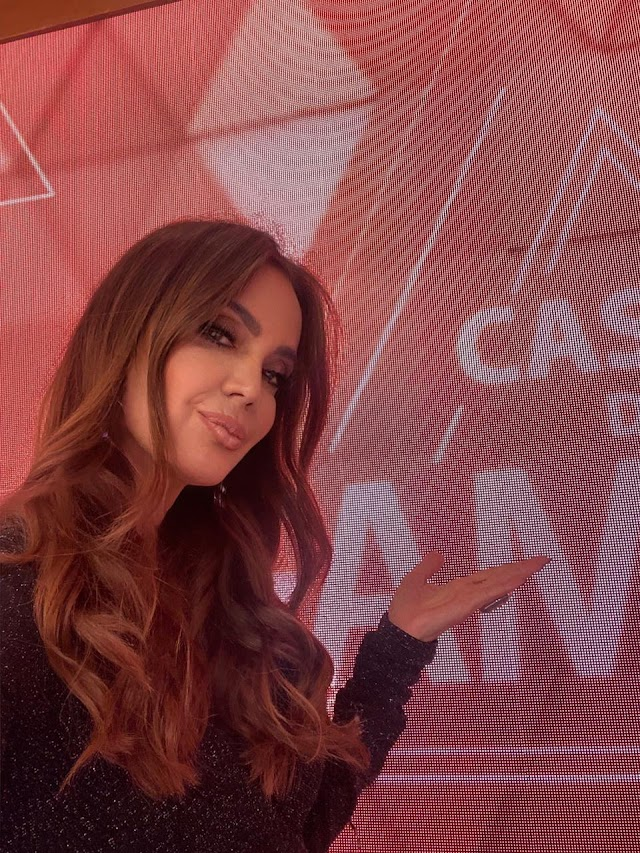 Claudia Métne grava seu retorno ao palco no Programa Casos de Família do SBT