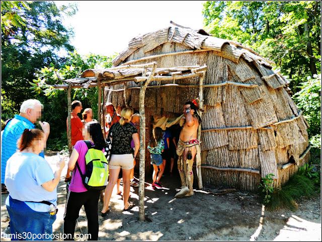 Wampanoag Homesite en la Plimoth Plantation: Wetu