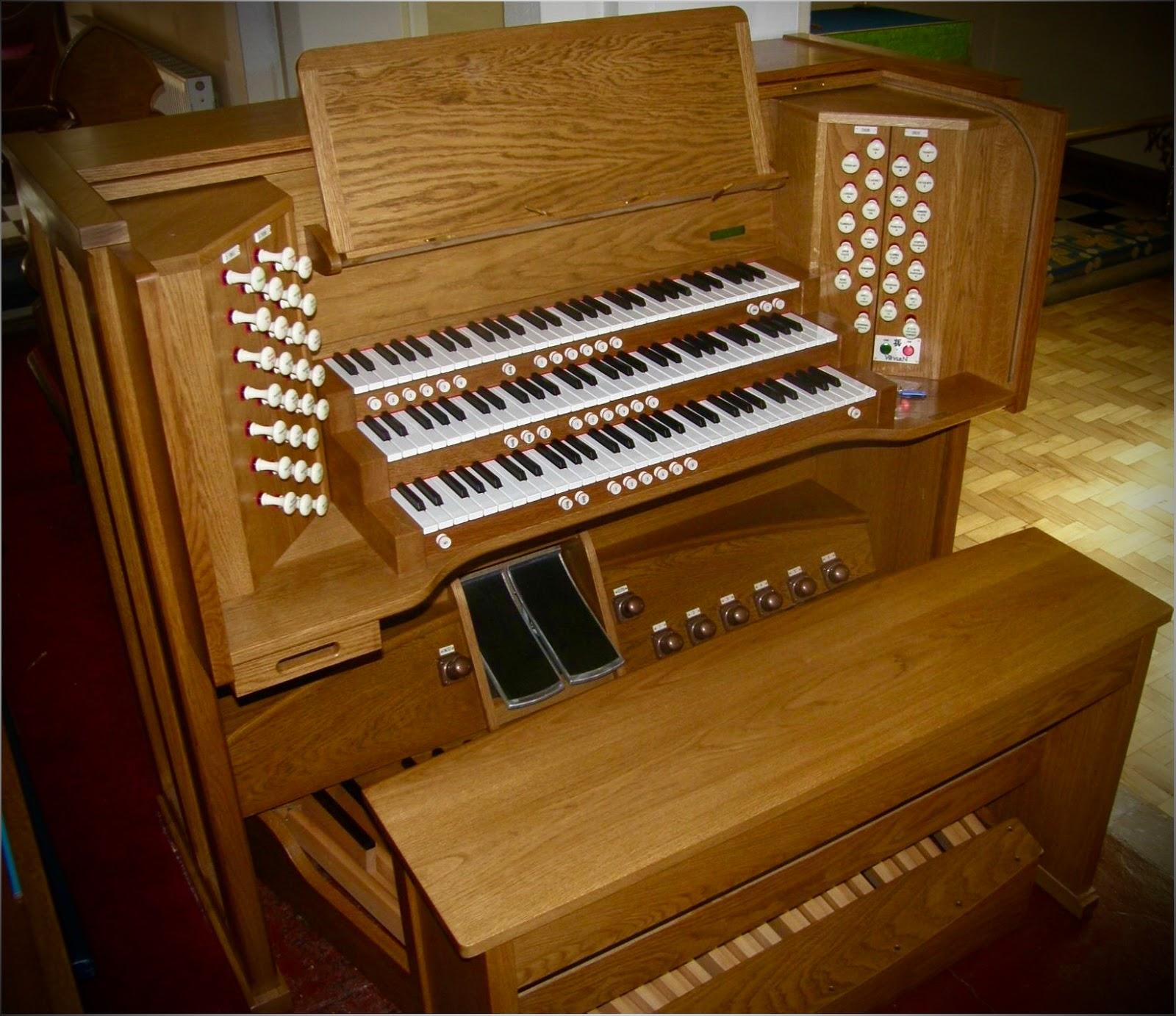 Wyvern 3 Manual Digital Church Organ in Oak.