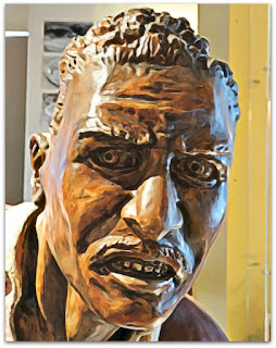 Detalhe do rosto do jogador de futebol Tesourinha no Museu do Inter