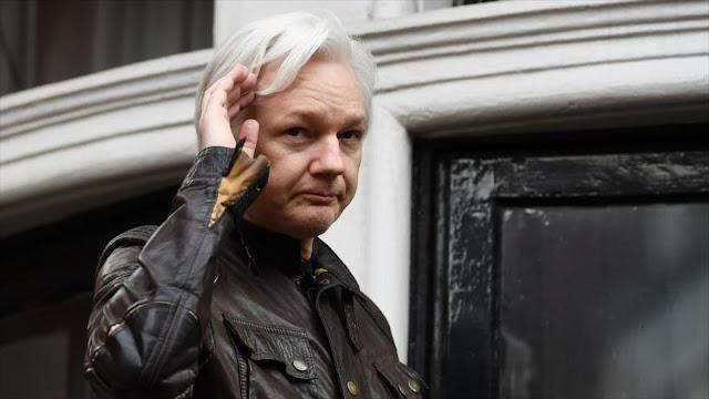 Assange evitaría extradición a EEUU demostrando que lo espió