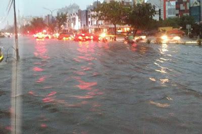 Hujan Sejak Dini Hari, Sebagian Besar Wilayah Jakarta Terendam Banjir